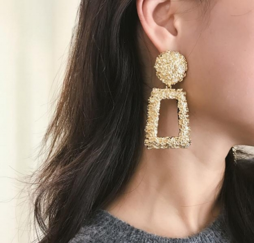 Charming Embossed floral square earrings