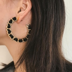 Charming Winding twist chain semicircular earrings