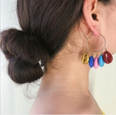 Charming Beach color shell earrings
