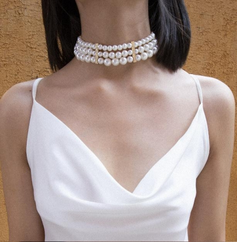 Charming Temperament multi-layer pearl necklace