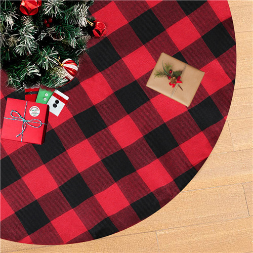 Christmas Cotton Tree Skirt  Holiday Party Tree Skirt 48 Inch Buffalo Plaid Tree Skirt Double Layers Thick Tree Skirt for Christmas Tree