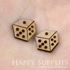4pcs DIY Laser Cut Wooden Dice Charms SWC37