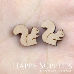 4pcs DIY Laser Cut Wooden Squirrel Charms SWC85