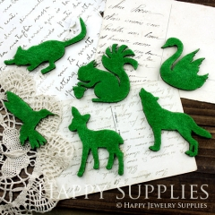2pcs DIY Faux Grass Wooden Laser Cut Animal Pendants Charms