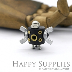 1pcs Handmade Medium Wooden Robot Pendant Necklace RM04