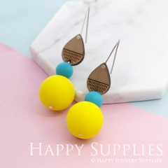 1 Pair Silicone Balls Laser Cut Geometric Wooden Dangle Earrings SBW07