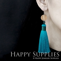 1 Pair Laser Cut Geometric Wooden Fashion Elegant Green Silky Long Tassel Dangle Earrings (TW07)