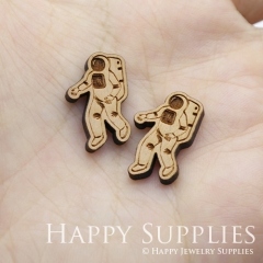 4pcs DIY Laser Cut Wooden Astronaut Charms SWC243