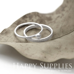 Set 2 Sterling Silver (SS18) dotted skinny stacking rings