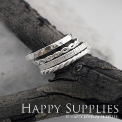 Set 4 Sterling Silver (SS10) dotted skinny stacking rings