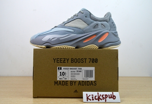 yeezy Boost 700 3M