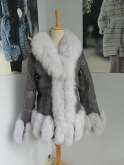 Clearance D16 puffer jacket with fur trim