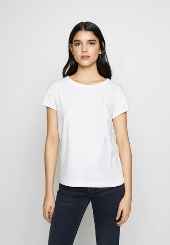 Women's slim fit base O-neck T-shirt