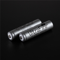 UltraFire 17670 1800mAh Li-ion Recharbeable Protected Battery (2PCS)