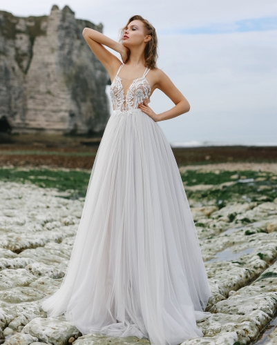 Ivory  Lace Tulle Long Train  Bridal Gown