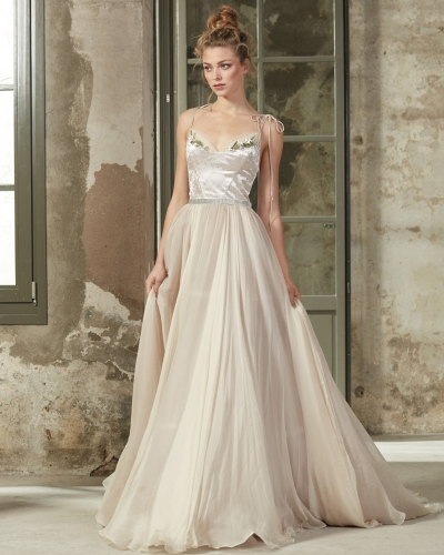 Cream Long Train  Bridal Gown