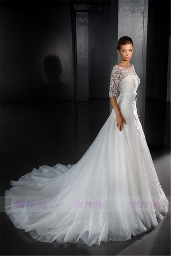 Ivory Lace Short Sleeve Tulle Wedding Ball Gown