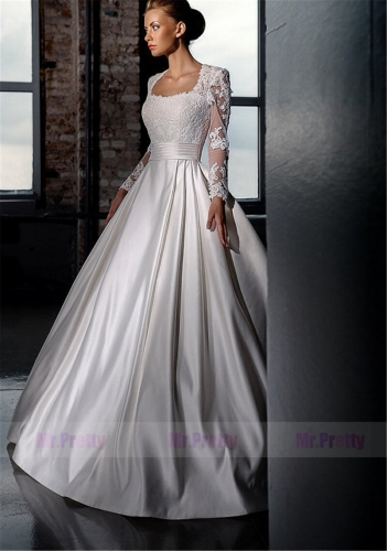 Ivory Lace Satin Wedding Ball Gown