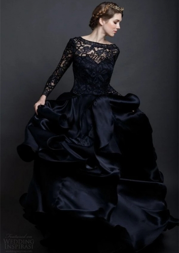 Black Lace Organza Long Train Wedding Dress