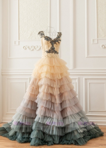 Colorful Short Train Skirt Wedding Dress