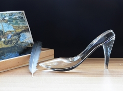 Wedding Favor Crystal High-heel Shoes Figurines as Gifts for Guests