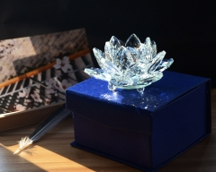 Clear Crystal Lotus Flower Figurine for Buddhism Gift