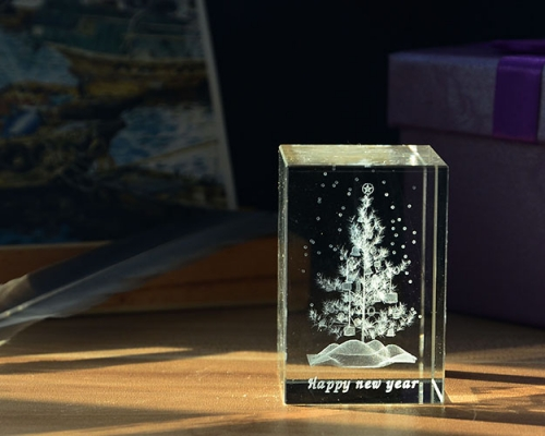 Crystal Cube With Christmas Tree 3D Laser Etch