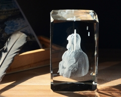 Catholic Religious Souvenir 3D Laser Crystal Goddess and Baby Jesus K9 Crystal Glass Cube