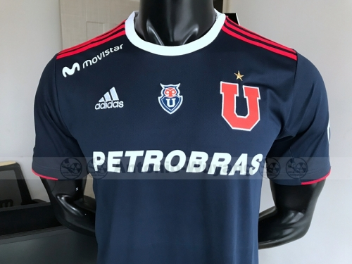 2019-2020 Universidad de Chile home soccer jersey