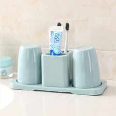 Toothbrush holder set, innovative design resistant to dust and dust, double cup design, the best choice for couples storage