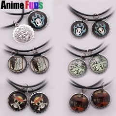 2pcs/set Anime Attack on Titan One Piece Bleach The Lost Tomb Logo Necklace Charm Gift