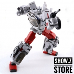 Generation Toy GT Guardian GT-08A Sergeant Defensor Streetwise
