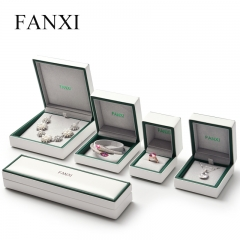 FANXI Wholesale White And Green PU Leather Gift Boxes With V...
