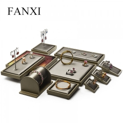 FANXI Custom Wood With Brown Lacquer Jewellery Exhibitor Org...