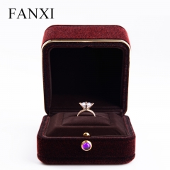 Luxury velvet jewelry packaging box for ring pendant