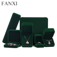 Green red brown velvet jewellery packaging box for ring pend...
