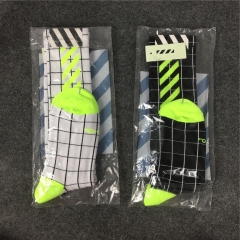 [No.571] Free shipping Off-white checked stripe socks fluorescence