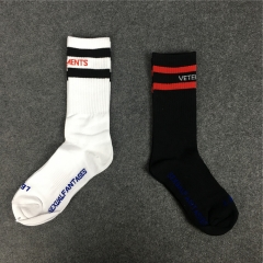 [No.893] Free Shipping Vetements socks black white