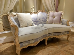 Classic Italian Fabric Embroidered Elegant Upholstry Wood Sofa Sets