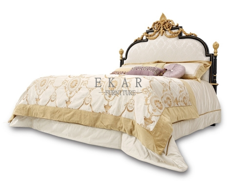 Royal Style Wooden Frame Luxury Fabric King Size Bed