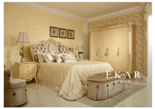 Luxury and antique bedroom furniture set
