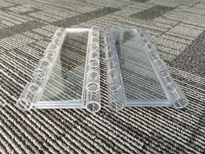 Comparison between normal polycarbonate slat and V-0 fire retardant polycarbonate slat