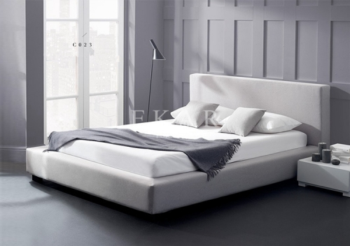 Foshan Supplier White Fabric King Size Soft Modern Bed