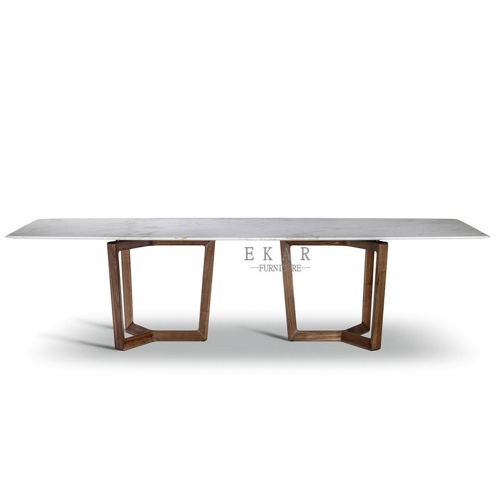 Marble on top in polished underside is reinforced with a technical mesh dining table