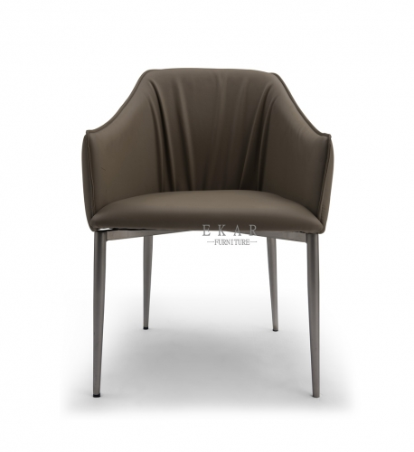 Matel base in nickel brushed dining chair
