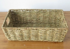 storage basket,gift basket,fruit basket,made of seagrass with metal frame