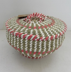 storage basket,fruit basket,made of grass