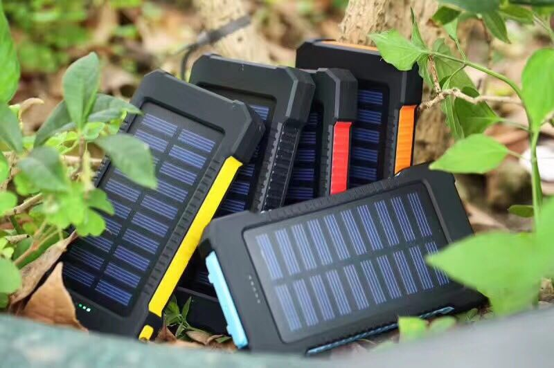 8000mAh Solar Instant Charger/Portable Power
