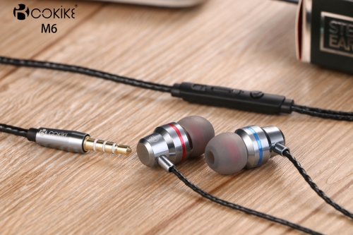 M6 Wired earbuds Wholesalers headset Metal Extra bass In-Ear Stereo For Handset and Tablets