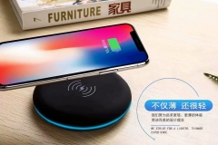 P034D 5000mAh wireless Portable Emergency Charger cordless portable charger Exporter Support 2 Devices to Charge